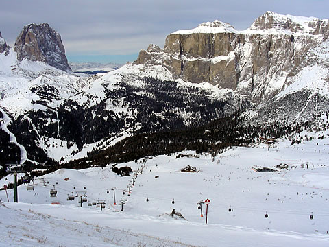 Skiing in Canazei and Campitello from wwwskicanazeicom
